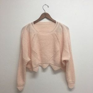 Sweaters - Pink cropped sweater with scalloped hem